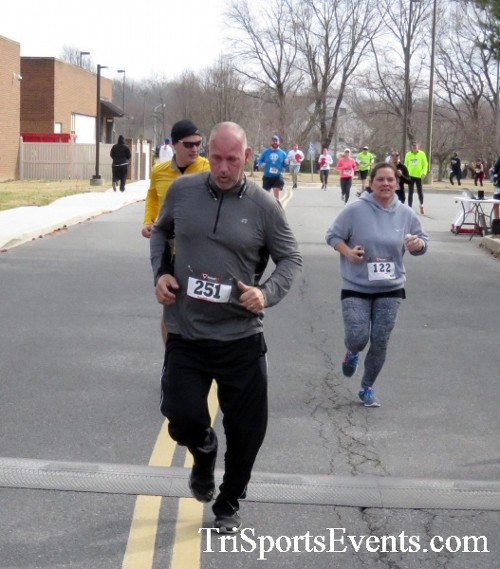 Chocolate 5K Run/Walk<br><br><br><br><a href='http://www.trisportsevents.com/pics/17_Chocolate_5K_287.JPG' download='17_Chocolate_5K_287.JPG'>Click here to download.</a><Br><a href='http://www.facebook.com/sharer.php?u=http:%2F%2Fwww.trisportsevents.com%2Fpics%2F17_Chocolate_5K_287.JPG&t=Chocolate 5K Run/Walk' target='_blank'><img src='images/fb_share.png' width='100'></a>