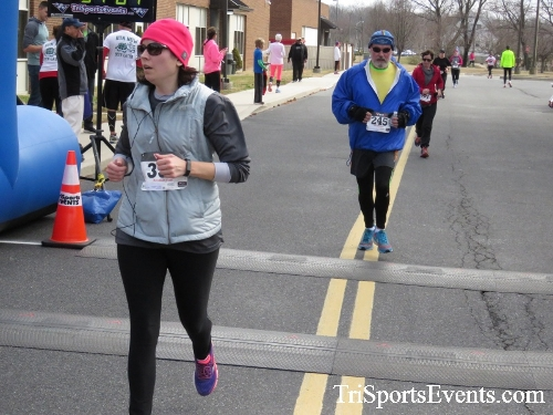 Chocolate 5K Run/Walk<br><br><br><br><a href='http://www.trisportsevents.com/pics/17_Chocolate_5K_313.JPG' download='17_Chocolate_5K_313.JPG'>Click here to download.</a><Br><a href='http://www.facebook.com/sharer.php?u=http:%2F%2Fwww.trisportsevents.com%2Fpics%2F17_Chocolate_5K_313.JPG&t=Chocolate 5K Run/Walk' target='_blank'><img src='images/fb_share.png' width='100'></a>