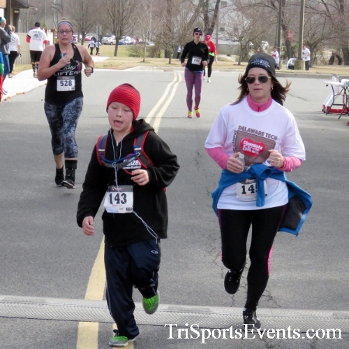 Chocolate 5K Run/Walk<br><br><br><br><a href='http://www.trisportsevents.com/pics/17_Chocolate_5K_382.JPG' download='17_Chocolate_5K_382.JPG'>Click here to download.</a><Br><a href='http://www.facebook.com/sharer.php?u=http:%2F%2Fwww.trisportsevents.com%2Fpics%2F17_Chocolate_5K_382.JPG&t=Chocolate 5K Run/Walk' target='_blank'><img src='images/fb_share.png' width='100'></a>