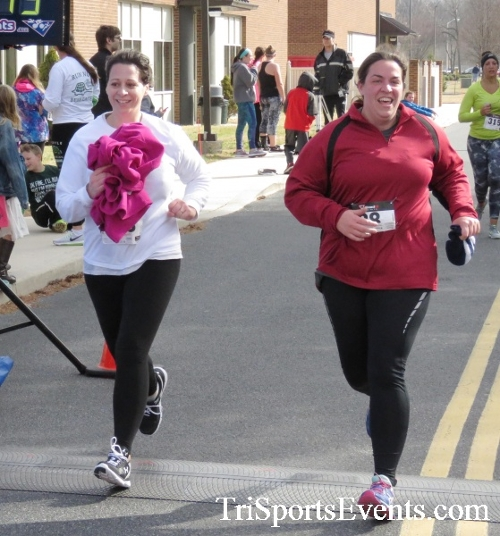 Chocolate 5K Run/Walk<br><br><br><br><a href='http://www.trisportsevents.com/pics/17_Chocolate_5K_395.JPG' download='17_Chocolate_5K_395.JPG'>Click here to download.</a><Br><a href='http://www.facebook.com/sharer.php?u=http:%2F%2Fwww.trisportsevents.com%2Fpics%2F17_Chocolate_5K_395.JPG&t=Chocolate 5K Run/Walk' target='_blank'><img src='images/fb_share.png' width='100'></a>