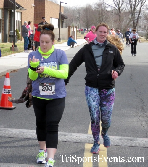 Chocolate 5K Run/Walk<br><br><br><br><a href='http://www.trisportsevents.com/pics/17_Chocolate_5K_397.JPG' download='17_Chocolate_5K_397.JPG'>Click here to download.</a><Br><a href='http://www.facebook.com/sharer.php?u=http:%2F%2Fwww.trisportsevents.com%2Fpics%2F17_Chocolate_5K_397.JPG&t=Chocolate 5K Run/Walk' target='_blank'><img src='images/fb_share.png' width='100'></a>