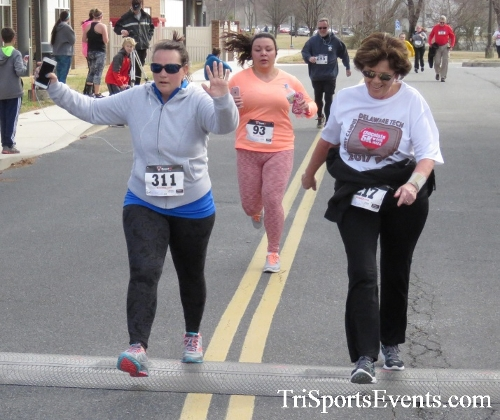 Chocolate 5K Run/Walk<br><br><br><br><a href='http://www.trisportsevents.com/pics/17_Chocolate_5K_400.JPG' download='17_Chocolate_5K_400.JPG'>Click here to download.</a><Br><a href='http://www.facebook.com/sharer.php?u=http:%2F%2Fwww.trisportsevents.com%2Fpics%2F17_Chocolate_5K_400.JPG&t=Chocolate 5K Run/Walk' target='_blank'><img src='images/fb_share.png' width='100'></a>