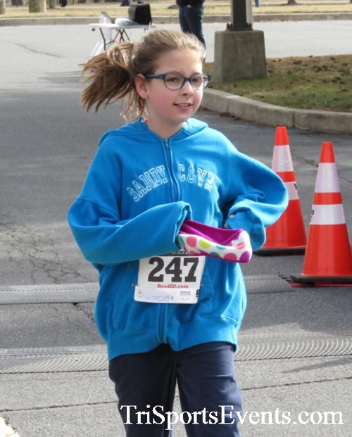 Chocolate 5K Run/Walk<br><br><br><br><a href='http://www.trisportsevents.com/pics/17_Chocolate_5K_436.JPG' download='17_Chocolate_5K_436.JPG'>Click here to download.</a><Br><a href='http://www.facebook.com/sharer.php?u=http:%2F%2Fwww.trisportsevents.com%2Fpics%2F17_Chocolate_5K_436.JPG&t=Chocolate 5K Run/Walk' target='_blank'><img src='images/fb_share.png' width='100'></a>