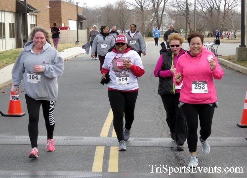 Chocolate 5K Run/Walk<br><br><br><br><a href='http://www.trisportsevents.com/pics/17_Chocolate_5K_471.JPG' download='17_Chocolate_5K_471.JPG'>Click here to download.</a><Br><a href='http://www.facebook.com/sharer.php?u=http:%2F%2Fwww.trisportsevents.com%2Fpics%2F17_Chocolate_5K_471.JPG&t=Chocolate 5K Run/Walk' target='_blank'><img src='images/fb_share.png' width='100'></a>