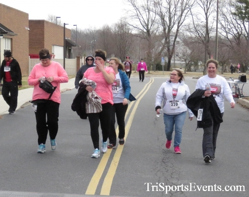 Chocolate 5K Run/Walk<br><br><br><br><a href='http://www.trisportsevents.com/pics/17_Chocolate_5K_494.JPG' download='17_Chocolate_5K_494.JPG'>Click here to download.</a><Br><a href='http://www.facebook.com/sharer.php?u=http:%2F%2Fwww.trisportsevents.com%2Fpics%2F17_Chocolate_5K_494.JPG&t=Chocolate 5K Run/Walk' target='_blank'><img src='images/fb_share.png' width='100'></a>
