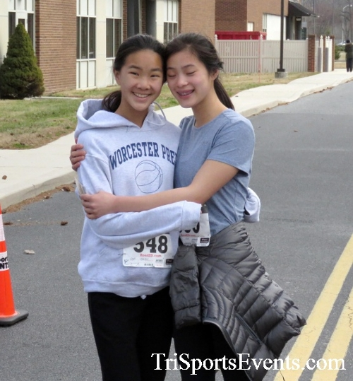 Chocolate 5K Run/Walk<br><br><br><br><a href='http://www.trisportsevents.com/pics/17_Chocolate_5K_525.JPG' download='17_Chocolate_5K_525.JPG'>Click here to download.</a><Br><a href='http://www.facebook.com/sharer.php?u=http:%2F%2Fwww.trisportsevents.com%2Fpics%2F17_Chocolate_5K_525.JPG&t=Chocolate 5K Run/Walk' target='_blank'><img src='images/fb_share.png' width='100'></a>