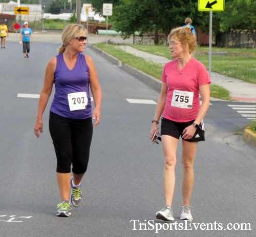 Cougars for a Cause 5K Run/Walk<br><br><br><br><a href='https://www.trisportsevents.com/pics/17_Cougars_for_a_Cause_5K_139.JPG' download='17_Cougars_for_a_Cause_5K_139.JPG'>Click here to download.</a><Br><a href='http://www.facebook.com/sharer.php?u=http:%2F%2Fwww.trisportsevents.com%2Fpics%2F17_Cougars_for_a_Cause_5K_139.JPG&t=Cougars for a Cause 5K Run/Walk' target='_blank'><img src='images/fb_share.png' width='100'></a>