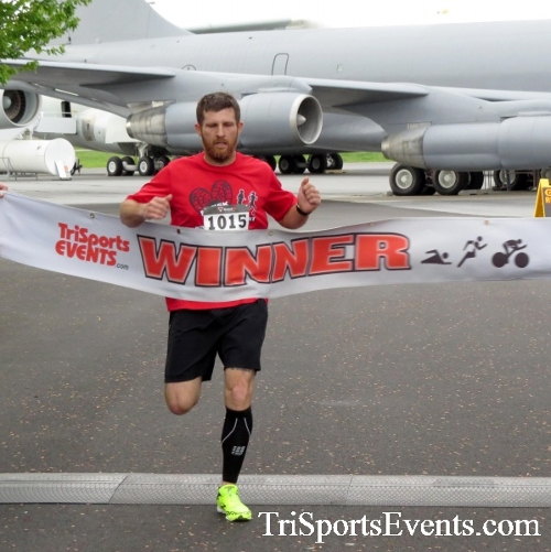 Dover Air Force Base Heritage Half Marathon & 5K Run/Walk<br><br><br><br><a href='https://www.trisportsevents.com/pics/17_DAFB_Half-5K_005.JPG' download='17_DAFB_Half-5K_005.JPG'>Click here to download.</a><Br><a href='http://www.facebook.com/sharer.php?u=http:%2F%2Fwww.trisportsevents.com%2Fpics%2F17_DAFB_Half-5K_005.JPG&t=Dover Air Force Base Heritage Half Marathon & 5K Run/Walk' target='_blank'><img src='images/fb_share.png' width='100'></a>