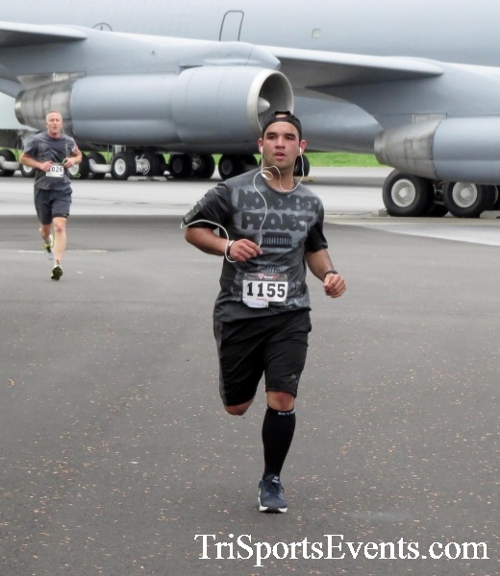 Dover Air Force Base Heritage Half Marathon & 5K Run/Walk<br><br><br><br><a href='https://www.trisportsevents.com/pics/17_DAFB_Half-5K_014.JPG' download='17_DAFB_Half-5K_014.JPG'>Click here to download.</a><Br><a href='http://www.facebook.com/sharer.php?u=http:%2F%2Fwww.trisportsevents.com%2Fpics%2F17_DAFB_Half-5K_014.JPG&t=Dover Air Force Base Heritage Half Marathon & 5K Run/Walk' target='_blank'><img src='images/fb_share.png' width='100'></a>
