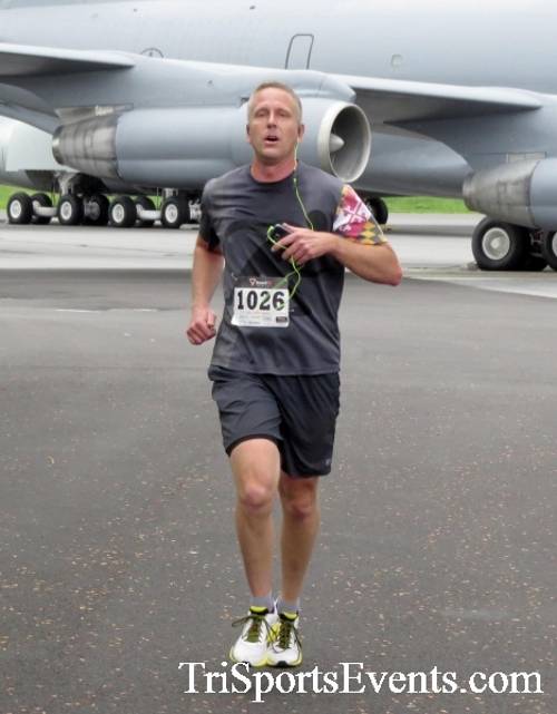 Dover Air Force Base Heritage Half Marathon & 5K Run/Walk<br><br><br><br><a href='https://www.trisportsevents.com/pics/17_DAFB_Half-5K_015.JPG' download='17_DAFB_Half-5K_015.JPG'>Click here to download.</a><Br><a href='http://www.facebook.com/sharer.php?u=http:%2F%2Fwww.trisportsevents.com%2Fpics%2F17_DAFB_Half-5K_015.JPG&t=Dover Air Force Base Heritage Half Marathon & 5K Run/Walk' target='_blank'><img src='images/fb_share.png' width='100'></a>