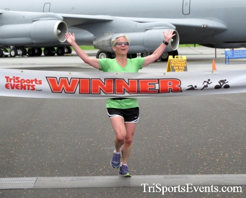 Dover Air Force Base Heritage Half Marathon & 5K Run/Walk<br><br><br><br><a href='https://www.trisportsevents.com/pics/17_DAFB_Half-5K_021.JPG' download='17_DAFB_Half-5K_021.JPG'>Click here to download.</a><Br><a href='http://www.facebook.com/sharer.php?u=http:%2F%2Fwww.trisportsevents.com%2Fpics%2F17_DAFB_Half-5K_021.JPG&t=Dover Air Force Base Heritage Half Marathon & 5K Run/Walk' target='_blank'><img src='images/fb_share.png' width='100'></a>