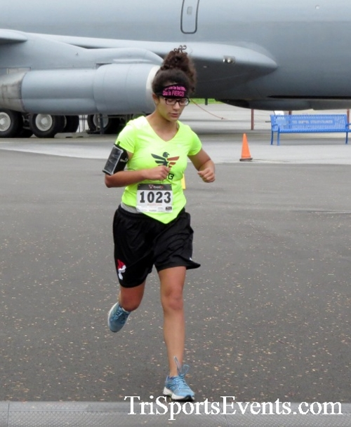 Dover Air Force Base Heritage Half Marathon & 5K Run/Walk<br><br><br><br><a href='https://www.trisportsevents.com/pics/17_DAFB_Half-5K_024.JPG' download='17_DAFB_Half-5K_024.JPG'>Click here to download.</a><Br><a href='http://www.facebook.com/sharer.php?u=http:%2F%2Fwww.trisportsevents.com%2Fpics%2F17_DAFB_Half-5K_024.JPG&t=Dover Air Force Base Heritage Half Marathon & 5K Run/Walk' target='_blank'><img src='images/fb_share.png' width='100'></a>