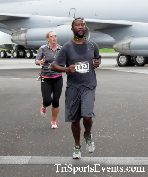 Dover Air Force Base Heritage Half Marathon & 5K Run/Walk<br><br><br><br><a href='https://www.trisportsevents.com/pics/17_DAFB_Half-5K_026.JPG' download='17_DAFB_Half-5K_026.JPG'>Click here to download.</a><Br><a href='http://www.facebook.com/sharer.php?u=http:%2F%2Fwww.trisportsevents.com%2Fpics%2F17_DAFB_Half-5K_026.JPG&t=Dover Air Force Base Heritage Half Marathon & 5K Run/Walk' target='_blank'><img src='images/fb_share.png' width='100'></a>