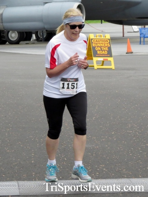 Dover Air Force Base Heritage Half Marathon & 5K Run/Walk<br><br><br><br><a href='https://www.trisportsevents.com/pics/17_DAFB_Half-5K_036.JPG' download='17_DAFB_Half-5K_036.JPG'>Click here to download.</a><Br><a href='http://www.facebook.com/sharer.php?u=http:%2F%2Fwww.trisportsevents.com%2Fpics%2F17_DAFB_Half-5K_036.JPG&t=Dover Air Force Base Heritage Half Marathon & 5K Run/Walk' target='_blank'><img src='images/fb_share.png' width='100'></a>