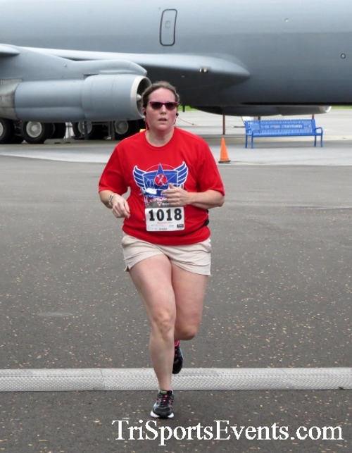 Dover Air Force Base Heritage Half Marathon & 5K Run/Walk<br><br><br><br><a href='https://www.trisportsevents.com/pics/17_DAFB_Half-5K_054.JPG' download='17_DAFB_Half-5K_054.JPG'>Click here to download.</a><Br><a href='http://www.facebook.com/sharer.php?u=http:%2F%2Fwww.trisportsevents.com%2Fpics%2F17_DAFB_Half-5K_054.JPG&t=Dover Air Force Base Heritage Half Marathon & 5K Run/Walk' target='_blank'><img src='images/fb_share.png' width='100'></a>