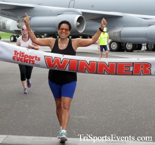 Dover Air Force Base Heritage Half Marathon & 5K Run/Walk<br><br><br><br><a href='https://www.trisportsevents.com/pics/17_DAFB_Half-5K_063.JPG' download='17_DAFB_Half-5K_063.JPG'>Click here to download.</a><Br><a href='http://www.facebook.com/sharer.php?u=http:%2F%2Fwww.trisportsevents.com%2Fpics%2F17_DAFB_Half-5K_063.JPG&t=Dover Air Force Base Heritage Half Marathon & 5K Run/Walk' target='_blank'><img src='images/fb_share.png' width='100'></a>