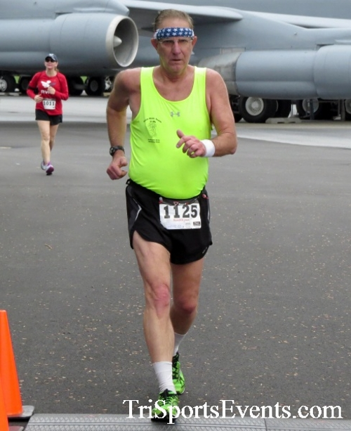 Dover Air Force Base Heritage Half Marathon & 5K Run/Walk<br><br><br><br><a href='https://www.trisportsevents.com/pics/17_DAFB_Half-5K_070.JPG' download='17_DAFB_Half-5K_070.JPG'>Click here to download.</a><Br><a href='http://www.facebook.com/sharer.php?u=http:%2F%2Fwww.trisportsevents.com%2Fpics%2F17_DAFB_Half-5K_070.JPG&t=Dover Air Force Base Heritage Half Marathon & 5K Run/Walk' target='_blank'><img src='images/fb_share.png' width='100'></a>