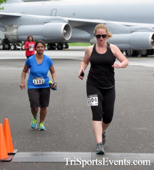 Dover Air Force Base Heritage Half Marathon & 5K Run/Walk<br><br><br><br><a href='https://www.trisportsevents.com/pics/17_DAFB_Half-5K_075.JPG' download='17_DAFB_Half-5K_075.JPG'>Click here to download.</a><Br><a href='http://www.facebook.com/sharer.php?u=http:%2F%2Fwww.trisportsevents.com%2Fpics%2F17_DAFB_Half-5K_075.JPG&t=Dover Air Force Base Heritage Half Marathon & 5K Run/Walk' target='_blank'><img src='images/fb_share.png' width='100'></a>