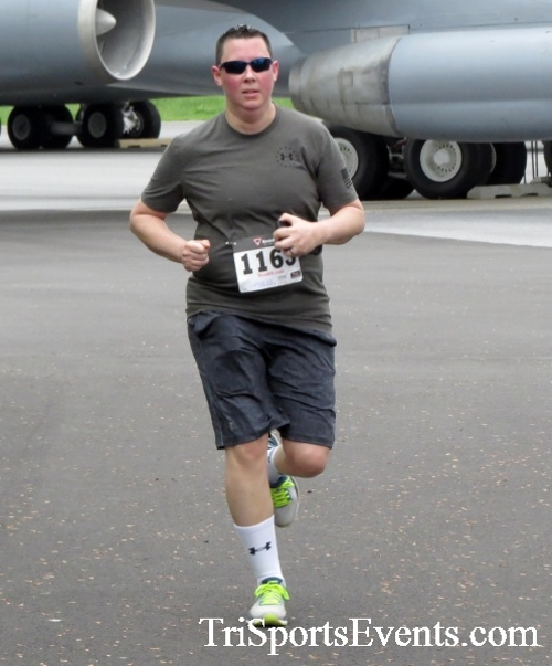 Dover Air Force Base Heritage Half Marathon & 5K Run/Walk<br><br><br><br><a href='https://www.trisportsevents.com/pics/17_DAFB_Half-5K_079.JPG' download='17_DAFB_Half-5K_079.JPG'>Click here to download.</a><Br><a href='http://www.facebook.com/sharer.php?u=http:%2F%2Fwww.trisportsevents.com%2Fpics%2F17_DAFB_Half-5K_079.JPG&t=Dover Air Force Base Heritage Half Marathon & 5K Run/Walk' target='_blank'><img src='images/fb_share.png' width='100'></a>