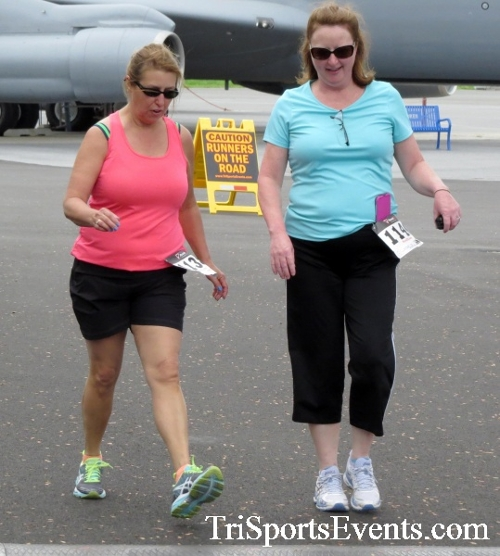 Dover Air Force Base Heritage Half Marathon & 5K Run/Walk<br><br><br><br><a href='https://www.trisportsevents.com/pics/17_DAFB_Half-5K_103.JPG' download='17_DAFB_Half-5K_103.JPG'>Click here to download.</a><Br><a href='http://www.facebook.com/sharer.php?u=http:%2F%2Fwww.trisportsevents.com%2Fpics%2F17_DAFB_Half-5K_103.JPG&t=Dover Air Force Base Heritage Half Marathon & 5K Run/Walk' target='_blank'><img src='images/fb_share.png' width='100'></a>