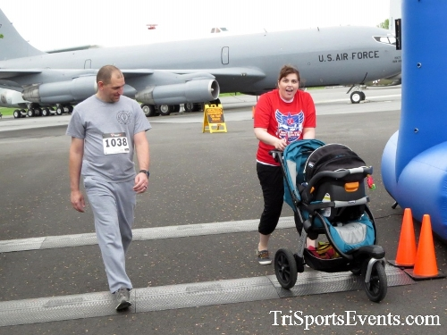 Dover Air Force Base Heritage Half Marathon & 5K Run/Walk<br><br><br><br><a href='https://www.trisportsevents.com/pics/17_DAFB_Half-5K_105.JPG' download='17_DAFB_Half-5K_105.JPG'>Click here to download.</a><Br><a href='http://www.facebook.com/sharer.php?u=http:%2F%2Fwww.trisportsevents.com%2Fpics%2F17_DAFB_Half-5K_105.JPG&t=Dover Air Force Base Heritage Half Marathon & 5K Run/Walk' target='_blank'><img src='images/fb_share.png' width='100'></a>
