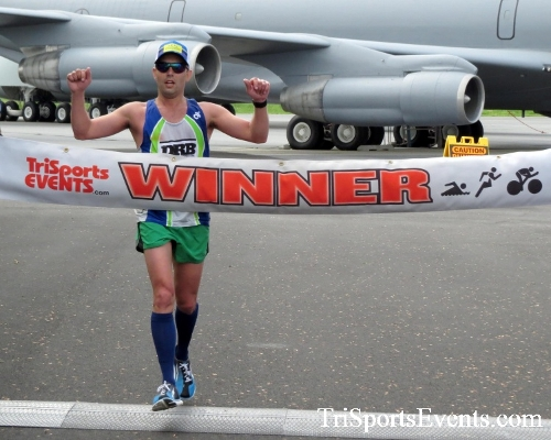 Dover Air Force Base Heritage Half Marathon & 5K Run/Walk<br><br><br><br><a href='https://www.trisportsevents.com/pics/17_DAFB_Half-5K_117.JPG' download='17_DAFB_Half-5K_117.JPG'>Click here to download.</a><Br><a href='http://www.facebook.com/sharer.php?u=http:%2F%2Fwww.trisportsevents.com%2Fpics%2F17_DAFB_Half-5K_117.JPG&t=Dover Air Force Base Heritage Half Marathon & 5K Run/Walk' target='_blank'><img src='images/fb_share.png' width='100'></a>