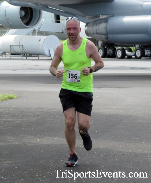 Dover Air Force Base Heritage Half Marathon & 5K Run/Walk<br><br><br><br><a href='https://www.trisportsevents.com/pics/17_DAFB_Half-5K_136.JPG' download='17_DAFB_Half-5K_136.JPG'>Click here to download.</a><Br><a href='http://www.facebook.com/sharer.php?u=http:%2F%2Fwww.trisportsevents.com%2Fpics%2F17_DAFB_Half-5K_136.JPG&t=Dover Air Force Base Heritage Half Marathon & 5K Run/Walk' target='_blank'><img src='images/fb_share.png' width='100'></a>