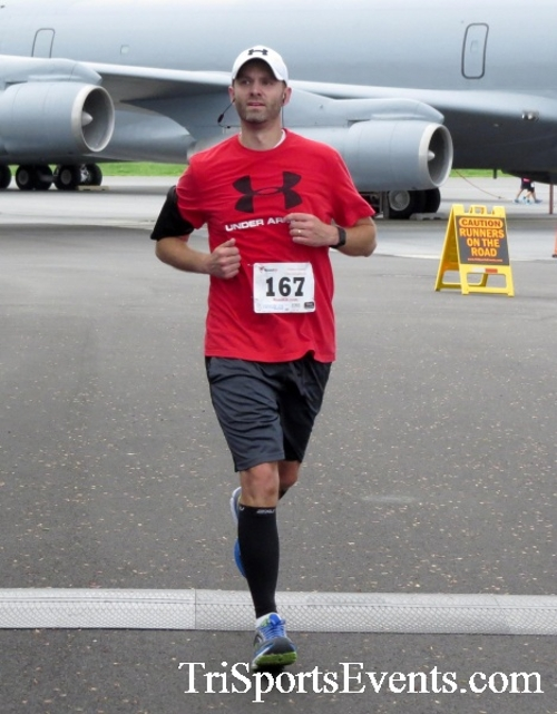 Dover Air Force Base Heritage Half Marathon & 5K Run/Walk<br><br><br><br><a href='https://www.trisportsevents.com/pics/17_DAFB_Half-5K_145.JPG' download='17_DAFB_Half-5K_145.JPG'>Click here to download.</a><Br><a href='http://www.facebook.com/sharer.php?u=http:%2F%2Fwww.trisportsevents.com%2Fpics%2F17_DAFB_Half-5K_145.JPG&t=Dover Air Force Base Heritage Half Marathon & 5K Run/Walk' target='_blank'><img src='images/fb_share.png' width='100'></a>