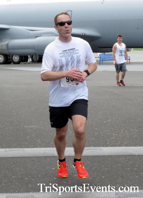 Dover Air Force Base Heritage Half Marathon & 5K Run/Walk<br><br><br><br><a href='https://www.trisportsevents.com/pics/17_DAFB_Half-5K_154.JPG' download='17_DAFB_Half-5K_154.JPG'>Click here to download.</a><Br><a href='http://www.facebook.com/sharer.php?u=http:%2F%2Fwww.trisportsevents.com%2Fpics%2F17_DAFB_Half-5K_154.JPG&t=Dover Air Force Base Heritage Half Marathon & 5K Run/Walk' target='_blank'><img src='images/fb_share.png' width='100'></a>