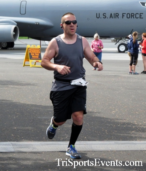 Dover Air Force Base Heritage Half Marathon & 5K Run/Walk<br><br><br><br><a href='https://www.trisportsevents.com/pics/17_DAFB_Half-5K_157.JPG' download='17_DAFB_Half-5K_157.JPG'>Click here to download.</a><Br><a href='http://www.facebook.com/sharer.php?u=http:%2F%2Fwww.trisportsevents.com%2Fpics%2F17_DAFB_Half-5K_157.JPG&t=Dover Air Force Base Heritage Half Marathon & 5K Run/Walk' target='_blank'><img src='images/fb_share.png' width='100'></a>