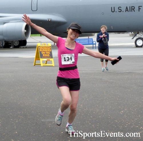 Dover Air Force Base Heritage Half Marathon & 5K Run/Walk<br><br><br><br><a href='https://www.trisportsevents.com/pics/17_DAFB_Half-5K_159.JPG' download='17_DAFB_Half-5K_159.JPG'>Click here to download.</a><Br><a href='http://www.facebook.com/sharer.php?u=http:%2F%2Fwww.trisportsevents.com%2Fpics%2F17_DAFB_Half-5K_159.JPG&t=Dover Air Force Base Heritage Half Marathon & 5K Run/Walk' target='_blank'><img src='images/fb_share.png' width='100'></a>