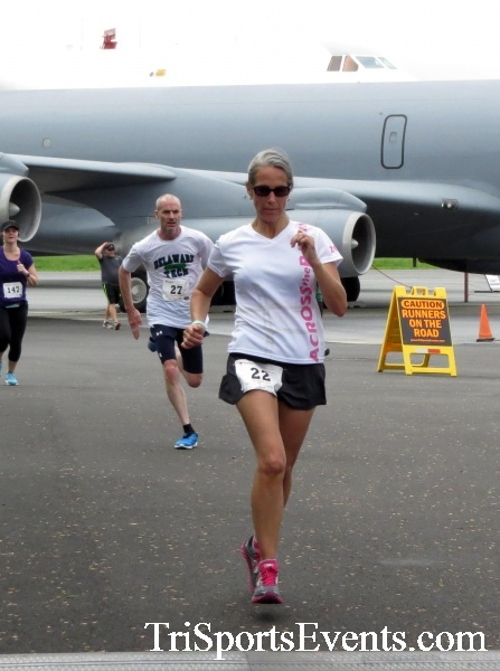 Dover Air Force Base Heritage Half Marathon & 5K Run/Walk<br><br><br><br><a href='https://www.trisportsevents.com/pics/17_DAFB_Half-5K_165.JPG' download='17_DAFB_Half-5K_165.JPG'>Click here to download.</a><Br><a href='http://www.facebook.com/sharer.php?u=http:%2F%2Fwww.trisportsevents.com%2Fpics%2F17_DAFB_Half-5K_165.JPG&t=Dover Air Force Base Heritage Half Marathon & 5K Run/Walk' target='_blank'><img src='images/fb_share.png' width='100'></a>
