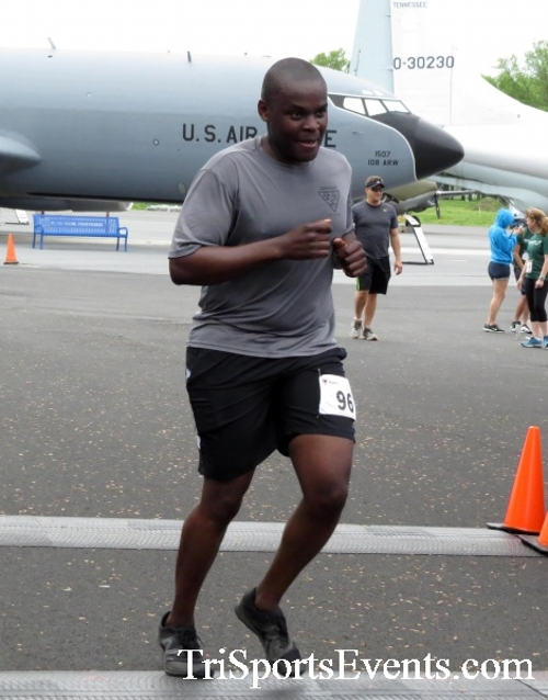 Dover Air Force Base Heritage Half Marathon & 5K Run/Walk<br><br><br><br><a href='https://www.trisportsevents.com/pics/17_DAFB_Half-5K_169.JPG' download='17_DAFB_Half-5K_169.JPG'>Click here to download.</a><Br><a href='http://www.facebook.com/sharer.php?u=http:%2F%2Fwww.trisportsevents.com%2Fpics%2F17_DAFB_Half-5K_169.JPG&t=Dover Air Force Base Heritage Half Marathon & 5K Run/Walk' target='_blank'><img src='images/fb_share.png' width='100'></a>