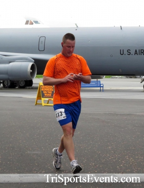 Dover Air Force Base Heritage Half Marathon & 5K Run/Walk<br><br><br><br><a href='https://www.trisportsevents.com/pics/17_DAFB_Half-5K_179.JPG' download='17_DAFB_Half-5K_179.JPG'>Click here to download.</a><Br><a href='http://www.facebook.com/sharer.php?u=http:%2F%2Fwww.trisportsevents.com%2Fpics%2F17_DAFB_Half-5K_179.JPG&t=Dover Air Force Base Heritage Half Marathon & 5K Run/Walk' target='_blank'><img src='images/fb_share.png' width='100'></a>