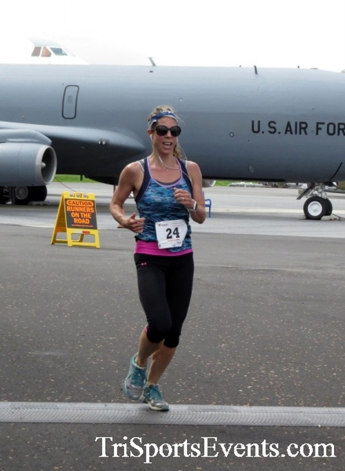 Dover Air Force Base Heritage Half Marathon & 5K Run/Walk<br><br><br><br><a href='https://www.trisportsevents.com/pics/17_DAFB_Half-5K_181.JPG' download='17_DAFB_Half-5K_181.JPG'>Click here to download.</a><Br><a href='http://www.facebook.com/sharer.php?u=http:%2F%2Fwww.trisportsevents.com%2Fpics%2F17_DAFB_Half-5K_181.JPG&t=Dover Air Force Base Heritage Half Marathon & 5K Run/Walk' target='_blank'><img src='images/fb_share.png' width='100'></a>
