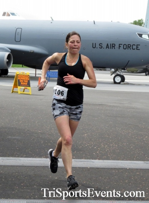 Dover Air Force Base Heritage Half Marathon & 5K Run/Walk<br><br><br><br><a href='https://www.trisportsevents.com/pics/17_DAFB_Half-5K_184.JPG' download='17_DAFB_Half-5K_184.JPG'>Click here to download.</a><Br><a href='http://www.facebook.com/sharer.php?u=http:%2F%2Fwww.trisportsevents.com%2Fpics%2F17_DAFB_Half-5K_184.JPG&t=Dover Air Force Base Heritage Half Marathon & 5K Run/Walk' target='_blank'><img src='images/fb_share.png' width='100'></a>