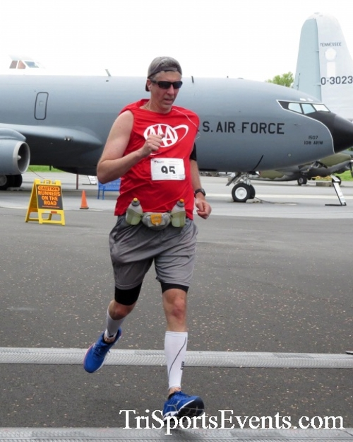 Dover Air Force Base Heritage Half Marathon & 5K Run/Walk<br><br><br><br><a href='https://www.trisportsevents.com/pics/17_DAFB_Half-5K_187.JPG' download='17_DAFB_Half-5K_187.JPG'>Click here to download.</a><Br><a href='http://www.facebook.com/sharer.php?u=http:%2F%2Fwww.trisportsevents.com%2Fpics%2F17_DAFB_Half-5K_187.JPG&t=Dover Air Force Base Heritage Half Marathon & 5K Run/Walk' target='_blank'><img src='images/fb_share.png' width='100'></a>