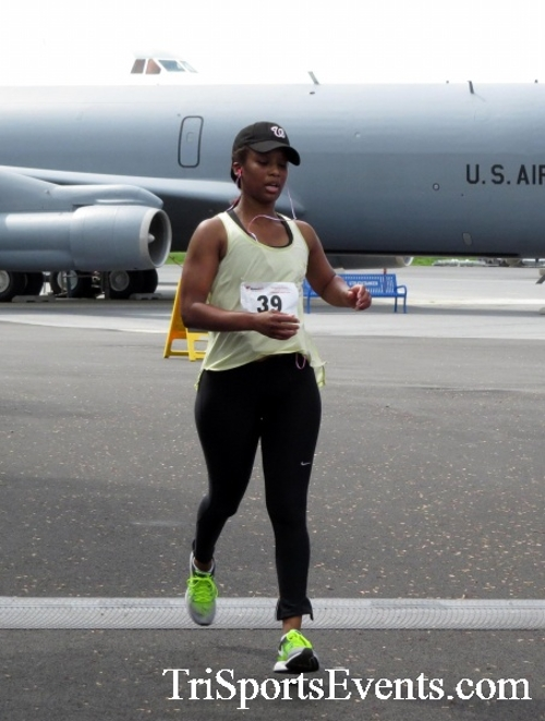 Dover Air Force Base Heritage Half Marathon & 5K Run/Walk<br><br><br><br><a href='https://www.trisportsevents.com/pics/17_DAFB_Half-5K_194.JPG' download='17_DAFB_Half-5K_194.JPG'>Click here to download.</a><Br><a href='http://www.facebook.com/sharer.php?u=http:%2F%2Fwww.trisportsevents.com%2Fpics%2F17_DAFB_Half-5K_194.JPG&t=Dover Air Force Base Heritage Half Marathon & 5K Run/Walk' target='_blank'><img src='images/fb_share.png' width='100'></a>