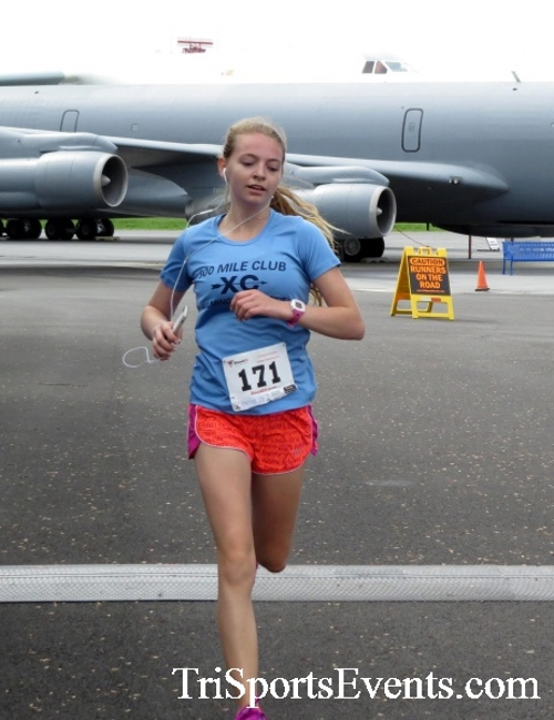 Dover Air Force Base Heritage Half Marathon & 5K Run/Walk<br><br><br><br><a href='http://www.trisportsevents.com/pics/17_DAFB_Half-5K_199.JPG' download='17_DAFB_Half-5K_199.JPG'>Click here to download.</a><Br><a href='http://www.facebook.com/sharer.php?u=http:%2F%2Fwww.trisportsevents.com%2Fpics%2F17_DAFB_Half-5K_199.JPG&t=Dover Air Force Base Heritage Half Marathon & 5K Run/Walk' target='_blank'><img src='images/fb_share.png' width='100'></a>
