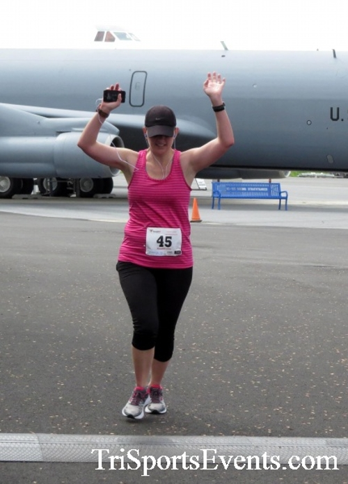Dover Air Force Base Heritage Half Marathon & 5K Run/Walk<br><br><br><br><a href='https://www.trisportsevents.com/pics/17_DAFB_Half-5K_204.JPG' download='17_DAFB_Half-5K_204.JPG'>Click here to download.</a><Br><a href='http://www.facebook.com/sharer.php?u=http:%2F%2Fwww.trisportsevents.com%2Fpics%2F17_DAFB_Half-5K_204.JPG&t=Dover Air Force Base Heritage Half Marathon & 5K Run/Walk' target='_blank'><img src='images/fb_share.png' width='100'></a>