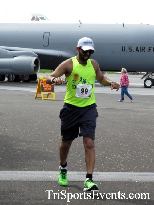 Dover Air Force Base Heritage Half Marathon & 5K Run/Walk<br><br><br><br><a href='https://www.trisportsevents.com/pics/17_DAFB_Half-5K_210.JPG' download='17_DAFB_Half-5K_210.JPG'>Click here to download.</a><Br><a href='http://www.facebook.com/sharer.php?u=http:%2F%2Fwww.trisportsevents.com%2Fpics%2F17_DAFB_Half-5K_210.JPG&t=Dover Air Force Base Heritage Half Marathon & 5K Run/Walk' target='_blank'><img src='images/fb_share.png' width='100'></a>
