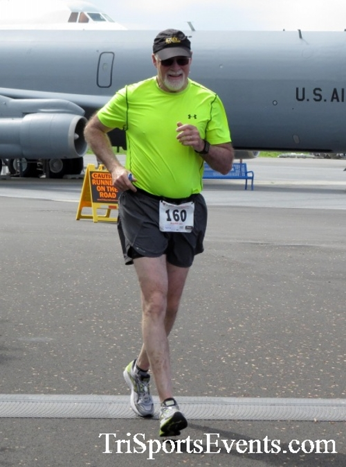 Dover Air Force Base Heritage Half Marathon & 5K Run/Walk<br><br><br><br><a href='https://www.trisportsevents.com/pics/17_DAFB_Half-5K_237.JPG' download='17_DAFB_Half-5K_237.JPG'>Click here to download.</a><Br><a href='http://www.facebook.com/sharer.php?u=http:%2F%2Fwww.trisportsevents.com%2Fpics%2F17_DAFB_Half-5K_237.JPG&t=Dover Air Force Base Heritage Half Marathon & 5K Run/Walk' target='_blank'><img src='images/fb_share.png' width='100'></a>
