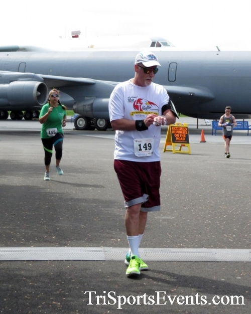 Dover Air Force Base Heritage Half Marathon & 5K Run/Walk<br><br><br><br><a href='https://www.trisportsevents.com/pics/17_DAFB_Half-5K_245.JPG' download='17_DAFB_Half-5K_245.JPG'>Click here to download.</a><Br><a href='http://www.facebook.com/sharer.php?u=http:%2F%2Fwww.trisportsevents.com%2Fpics%2F17_DAFB_Half-5K_245.JPG&t=Dover Air Force Base Heritage Half Marathon & 5K Run/Walk' target='_blank'><img src='images/fb_share.png' width='100'></a>