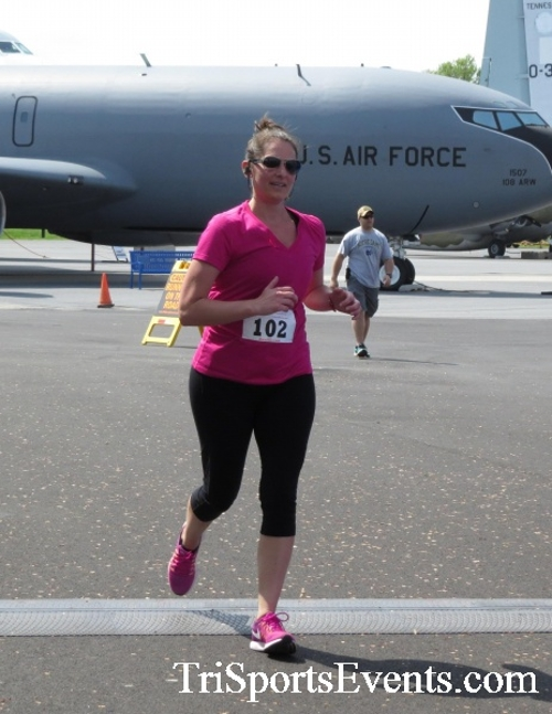 Dover Air Force Base Heritage Half Marathon & 5K Run/Walk<br><br><br><br><a href='https://www.trisportsevents.com/pics/17_DAFB_Half-5K_263.JPG' download='17_DAFB_Half-5K_263.JPG'>Click here to download.</a><Br><a href='http://www.facebook.com/sharer.php?u=http:%2F%2Fwww.trisportsevents.com%2Fpics%2F17_DAFB_Half-5K_263.JPG&t=Dover Air Force Base Heritage Half Marathon & 5K Run/Walk' target='_blank'><img src='images/fb_share.png' width='100'></a>
