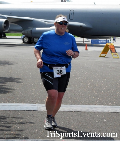 Dover Air Force Base Heritage Half Marathon & 5K Run/Walk<br><br><br><br><a href='http://www.trisportsevents.com/pics/17_DAFB_Half-5K_282.JPG' download='17_DAFB_Half-5K_282.JPG'>Click here to download.</a><Br><a href='http://www.facebook.com/sharer.php?u=http:%2F%2Fwww.trisportsevents.com%2Fpics%2F17_DAFB_Half-5K_282.JPG&t=Dover Air Force Base Heritage Half Marathon & 5K Run/Walk' target='_blank'><img src='images/fb_share.png' width='100'></a>
