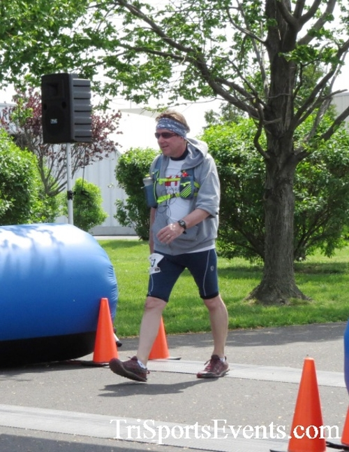 Dover Air Force Base Heritage Half Marathon & 5K Run/Walk<br><br><br><br><a href='https://www.trisportsevents.com/pics/17_DAFB_Half-5K_310.JPG' download='17_DAFB_Half-5K_310.JPG'>Click here to download.</a><Br><a href='http://www.facebook.com/sharer.php?u=http:%2F%2Fwww.trisportsevents.com%2Fpics%2F17_DAFB_Half-5K_310.JPG&t=Dover Air Force Base Heritage Half Marathon & 5K Run/Walk' target='_blank'><img src='images/fb_share.png' width='100'></a>