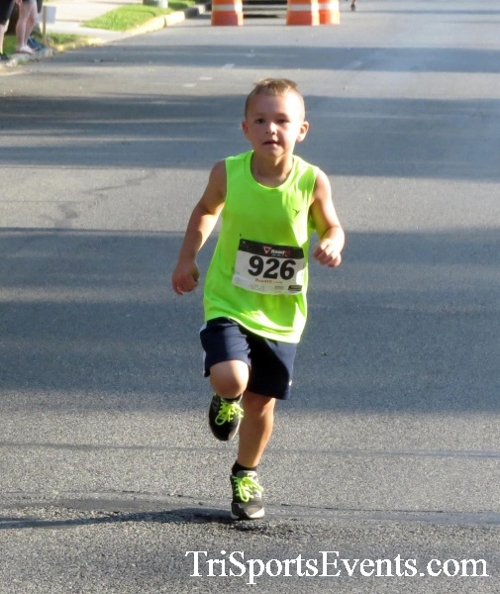 Dover Running Festival Mile & 5K Run/Walk<br><br><br><br><a href='https://www.trisportsevents.com/pics/17_Dover_Mile-5K_041.JPG' download='17_Dover_Mile-5K_041.JPG'>Click here to download.</a><Br><a href='http://www.facebook.com/sharer.php?u=http:%2F%2Fwww.trisportsevents.com%2Fpics%2F17_Dover_Mile-5K_041.JPG&t=Dover Running Festival Mile & 5K Run/Walk' target='_blank'><img src='images/fb_share.png' width='100'></a>