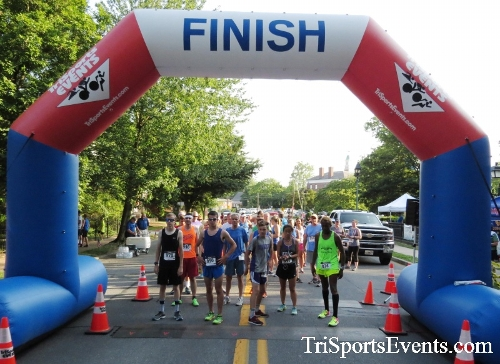 Dover Running Festival Mile & 5K Run/Walk<br><br><br><br><a href='http://www.trisportsevents.com/pics/17_Dover_Mile-5K_075.JPG' download='17_Dover_Mile-5K_075.JPG'>Click here to download.</a><Br><a href='http://www.facebook.com/sharer.php?u=http:%2F%2Fwww.trisportsevents.com%2Fpics%2F17_Dover_Mile-5K_075.JPG&t=Dover Running Festival Mile & 5K Run/Walk' target='_blank'><img src='images/fb_share.png' width='100'></a>