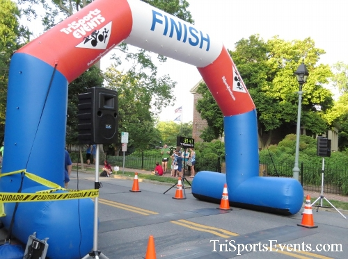 Dover Running Festival Mile & 5K Run/Walk<br><br><br><br><a href='http://www.trisportsevents.com/pics/17_Dover_Mile-5K_157.JPG' download='17_Dover_Mile-5K_157.JPG'>Click here to download.</a><Br><a href='http://www.facebook.com/sharer.php?u=http:%2F%2Fwww.trisportsevents.com%2Fpics%2F17_Dover_Mile-5K_157.JPG&t=Dover Running Festival Mile & 5K Run/Walk' target='_blank'><img src='images/fb_share.png' width='100'></a>