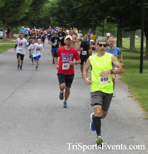 Gotta Have Faye-th 5K Run/Walk<br><br><br><br><a href='http://www.trisportsevents.com/pics/17_Gotta_Have_Faye-th_5K_013.JPG' download='17_Gotta_Have_Faye-th_5K_013.JPG'>Click here to download.</a><Br><a href='http://www.facebook.com/sharer.php?u=http:%2F%2Fwww.trisportsevents.com%2Fpics%2F17_Gotta_Have_Faye-th_5K_013.JPG&t=Gotta Have Faye-th 5K Run/Walk' target='_blank'><img src='images/fb_share.png' width='100'></a>